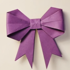 lazo o moño de papel origami