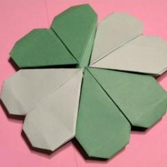 flor de corazones origami