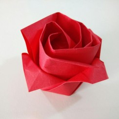 rosa de origami paso a paso