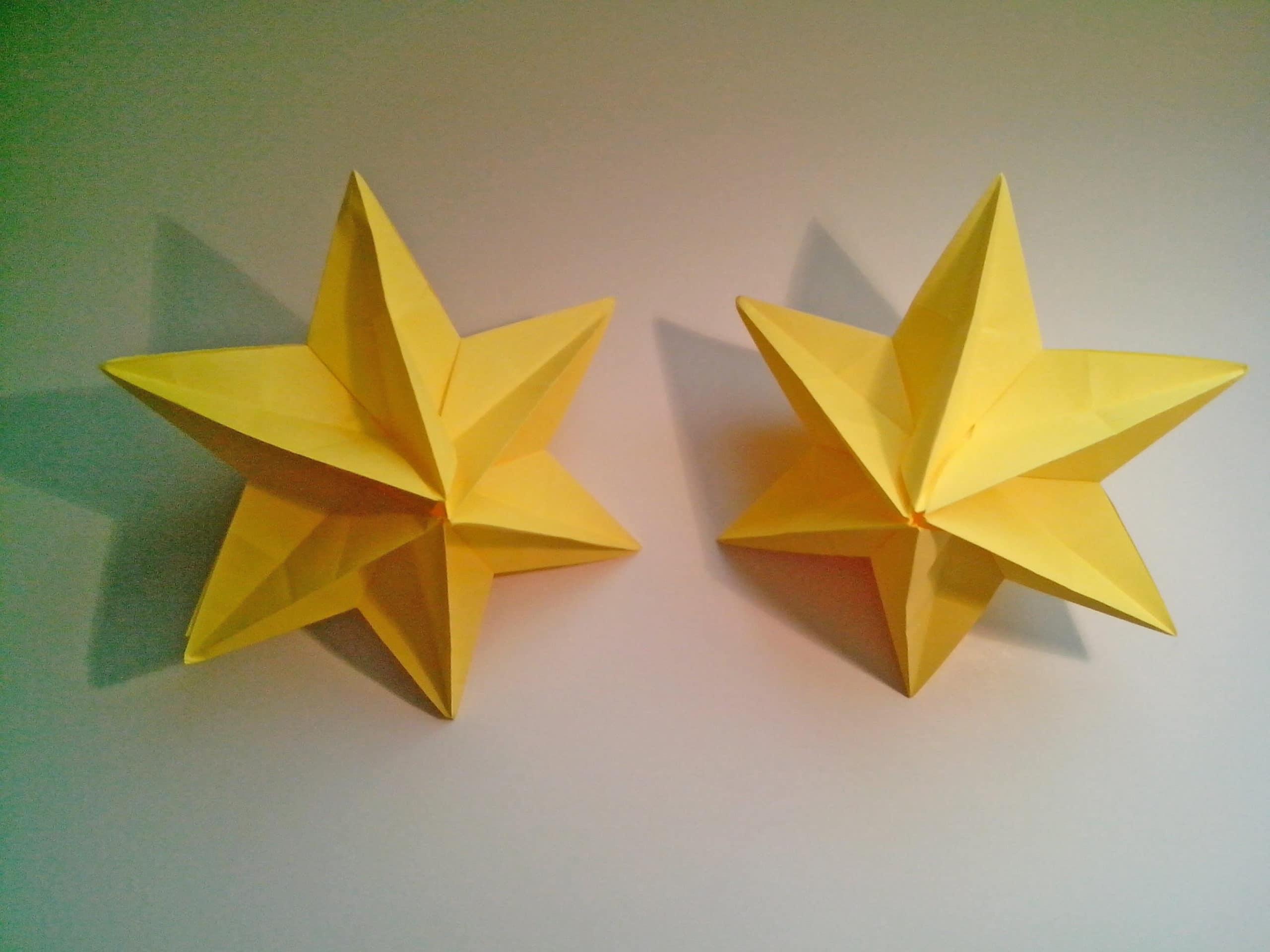 Estrella 3d de navidad de papel for Decoracion navidena con papel
